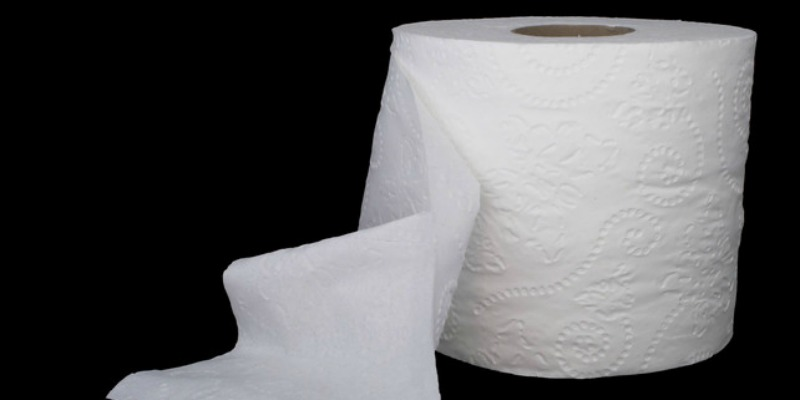 Why Your White Toilet Paper is Toxic