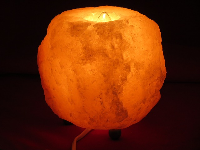 Why A Himalayan Salt Lamp Is One Of The Greatest Things You Could Own